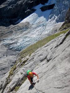 Dalle,soleil et glacier.